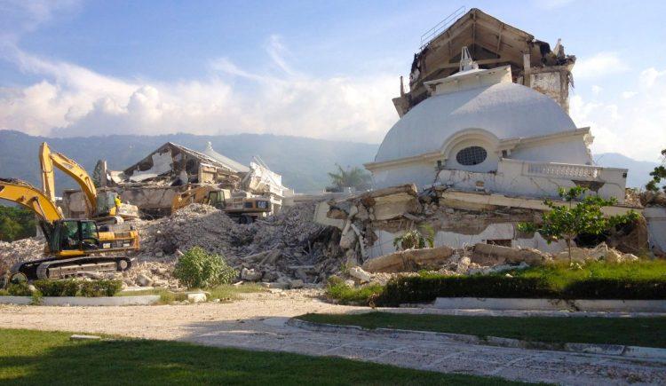 2012-09-12_Palacio-Nacional-de-Haití-1170x680.jpg
